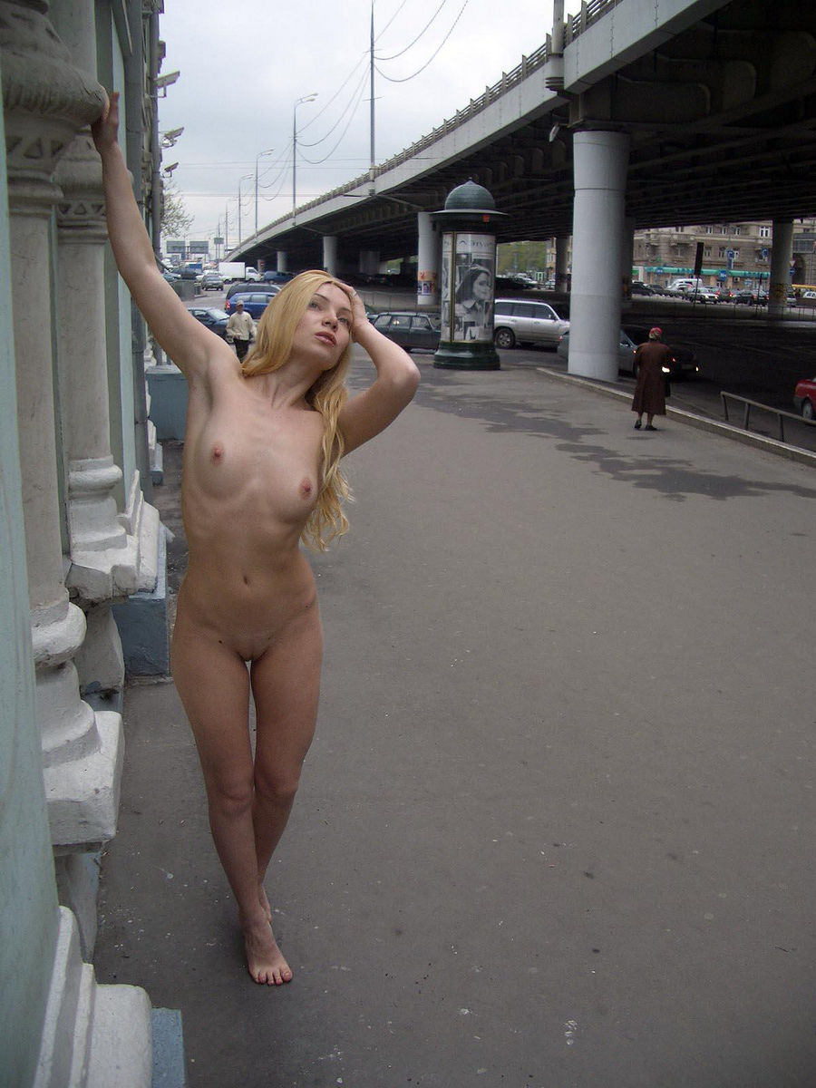 Free pussy strip shows