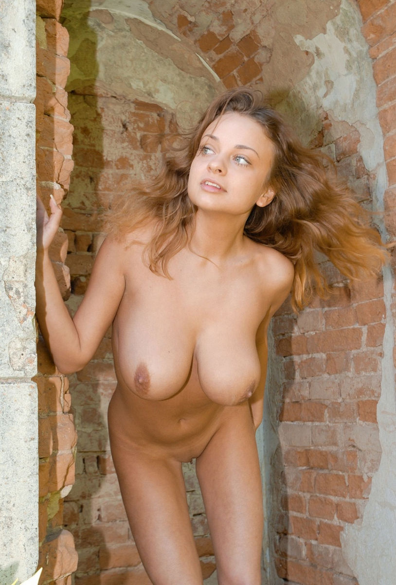 Sexy hot supermodel naked