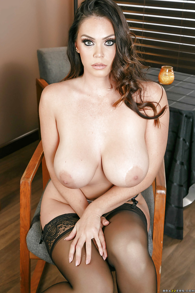 Black shemale nude pictures